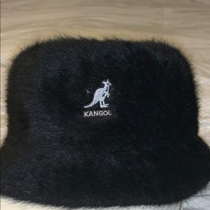Mangold Black Bucket Hat new